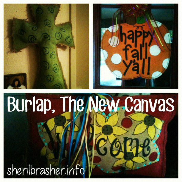 It's Craft Time!!  These Burlap Decorations are super simple to make & the uses are endless.